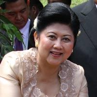 Pasca Operasi, Ibu Ani Harus Diet Rendah Lemak