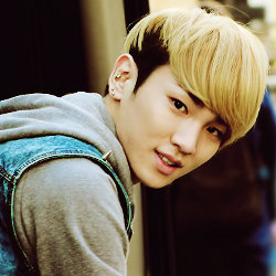 Key \SHINee\ Akui Tergila-gila pada Make Up