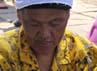 Salah satu pengrajin tikar dari pandan/mendhong yang masih ditekuni warga di sekitar candi Borobudur.