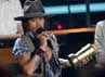 Johnny Depp menerima MTV Generation Award. Reuters/Mario Anzuoni.