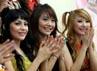 Kezia yang berasal dari Jakarta dan Stefani dari Bandung resmi bergabung dengan Cherrybelle.