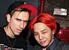 Ahjumma hair berwarna merah menyala. Gaya rambut ini mengejutkan fans. (YG Entertainment).