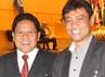 Menteri Tenaga Kerja da Transmigrasi Muhaimin Iskandar diapit ketua Delegasi pengusaha dari APINDO Sri Martono (Sebelah kanan Menteri) dan Ketua Delegasi dari Serikat Pekerja  Said Iqbal (KSPI). (Dok. Humas Kemnakertrans)