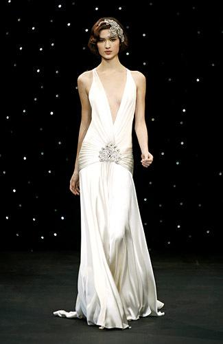 7 Jenis Gaun Pernikahan yang Bisa Jadi Pilihan Calon Pengantin 3
