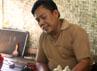 Agus Gunawa membuat wayang golek dari bahan kayu Albasia karena kayu Albasia. Selain dipasarkan di dalam negeri, wayang-wayang tersebut juga dipasarkan ke luar negeri. Gusmun/detikcom.