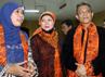 Acara tersebut bertujuan untuk melestarikan budaya bangsa terutama batik khas Jakarta yang diadakan oleh Komunitas Peduli Batik. (Rizal).