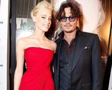 Johnny Depp & Amber Heard Resmi Pacaran