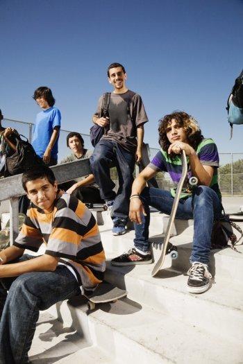 Kebiasaan Asyik Remaja yang Bisa Mengancam Kesehatan 1