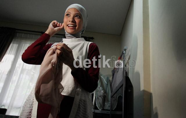 Berbusana Muslim, Rachel Maryam Makin Cantik