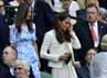 Kate dan Pippa Middleton menghadiri pertandingan final Wimbledon di London, Inggris pada Minggu (8/7/2012). REUTERS/Toby Melville.