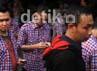 Pendukung Jokowi berdatangan ke posko pemenangan Jokowi.