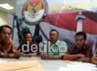 JPPR mendesak Panwaslu memberikan rekomendasi kepada Komisi Pemilihan Umum Provinsi DKI Jakarta untuk memperbaiki kembali pada putaran kedua nanti.
