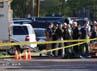 Garis polisi telah dipasang di sekitar bioskop di Denver, Colorado, Amerika Serikat (AS). Sementara pelaku penembakan yang diketahui bernama James Holmes (24) berhasil dibekuk. Reuters/Jason Hatfield.