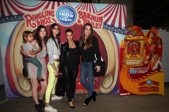 Nonton Sirkus Bareng Keluarga Kardashian