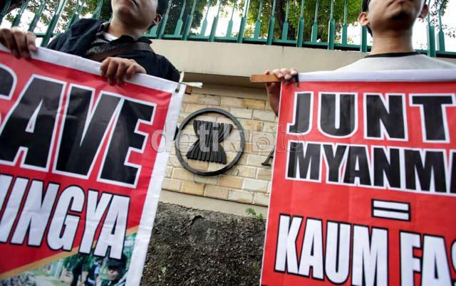 ASEAN Diminta Lebih Tegas Hadapi Myanmar