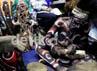 Kerajian dari daerah Papua yang dipamerkan ini, antara lain berupa ukiran patung, penabuh gendang, pernak-pernik kalung, perhiasan gelang, dan masih banyak lainnya.