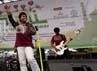 Wali sukses menghibur penggemarnya dalam acara Road Show Wali Cari Berkah Ayo Sedekah di Masjid Pondok Indah, Jakarta, Rabu (1/8/2012).