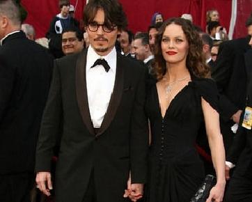 Johnny Depp & Vanessa Paradis Kembali Bersama?