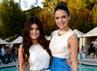 Adik tiri Kim Kardashian itu terlihat sangat cantik seperti boneka. (Michael Buckner/Getty Images).