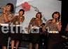 Mereka menutup penampilan dengan membawakan lagu Ayu Ting Ting yang berjudul Sik Aksi.