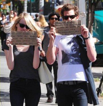 Emma Stone & Andrew Garfield Manfaatkan Paparazzi untuk Sebar Kebaikan