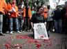 Ibunda Yun Hap meratapi kematian anaknya dan tidak adanya pengadilan bagi yang menembak mati anaknya.