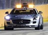 Balapan kelima di Singapura ini ditandai dengan sejumlah insiden, Safety Car sempat dua kali masuk trek, bendera kuning bebera kali dikibarkan. REUTERS/Tim Chong.
