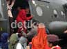 Mereka menaiki helikopter TNI. Gus Mun/detikcom.