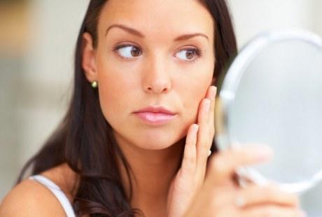 Hindari 7 Kebiasaan Buruk Ini agar Kulit Terhindar dari Penuaan Dini
