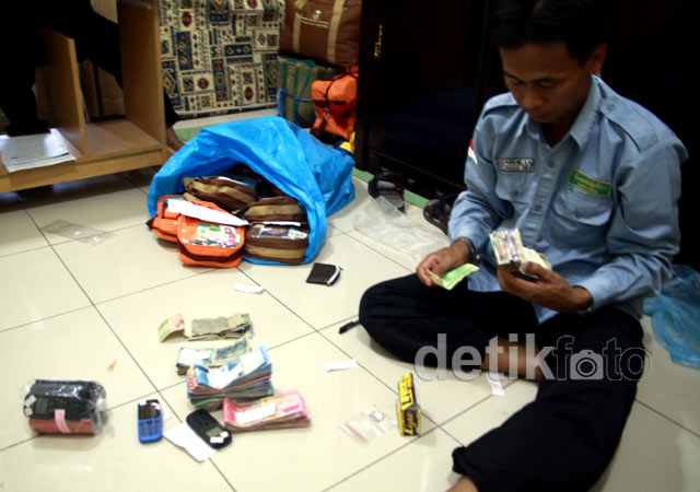 Barang Jamaah Haji Indonesia Tercecer di Masjid Nabawi