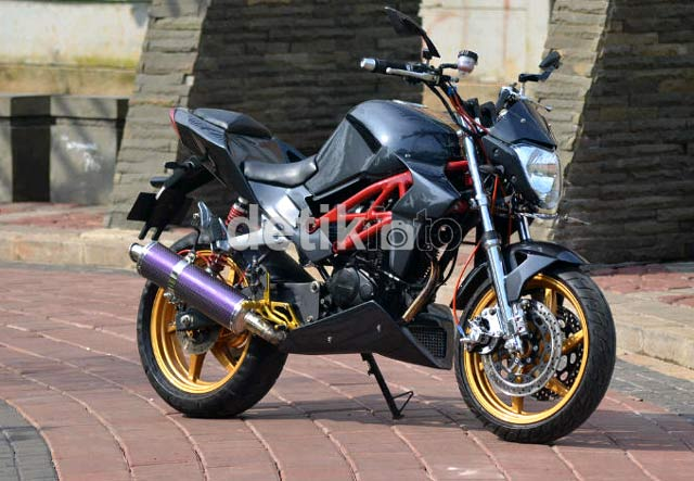 Honda Tiger Berubah Wujud Jadi Ducati