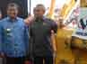 Gubernur Jawa Barat Ahmad Heryawan mendampingi Menteri PU RI Joko Kirmanto dalam acara peletakan batu pertama (Ground Breaking) yang dilakukan di daerah sumedang.