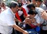 Peringatan Hari Disabilitas Internasional 2012 tersebut berlangsung halaman Gedung Sate, Bandung. (Gino).