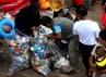 Dalam satu jam, sampah yang terkumpul sebanyak 250 kg.