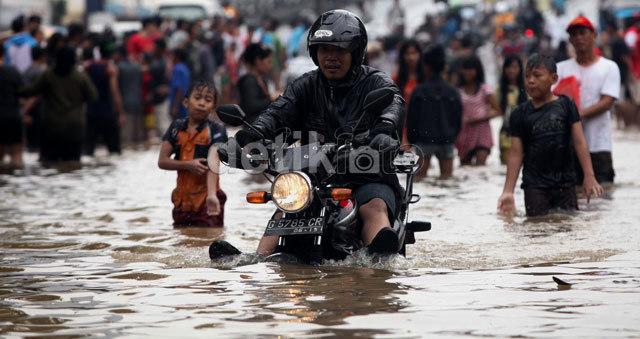 Musim Hujan & Banjir, Rajin-rajinlah Cuci Tangan Pakai Sabun