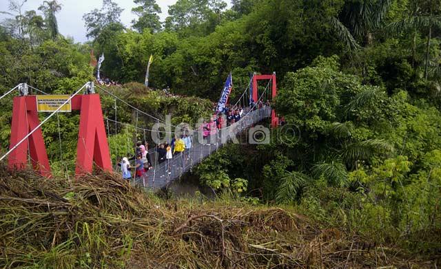 Menjelajah Greatwall Koto Gadang