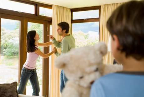 Dampak Perceraian Orang Tua Lebih Gawat Dirasa Anak usia Lewat 7 Tahun