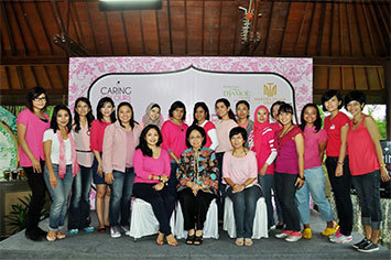 Serunya Gathering YCPA dan Peluncuran Beauty Kit Terbaru Caring Colours