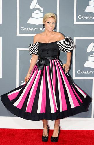 Busana Terburuk Grammy Awards 2013, Mulai dari Ashanti Sampai J.Lo 7