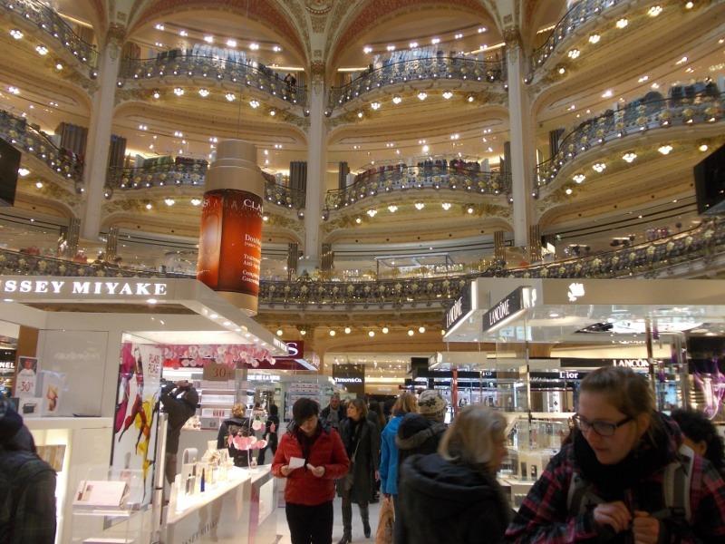 Wisata Belanja di Eropa, Wajib Coba Galeries Lafayette