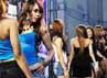 Serunya, ada wanita cantik yang tampil berani untuk menggetarkan stage HIN dalam berlomba meraih gelar MISS HIN Autovision Jogja 2013. Rahmatulloh