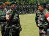 Pangkostrad mengecek kesiapan peralatan yang akan digunakan pada Latgab TNI tahun 2013. (Penkostrad).