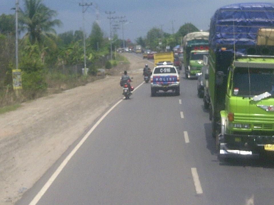 Jalan Lintas Timur Jambi Riau