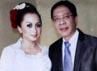 Sefti dan Fathanah menikah pada pertengahan 2011 lalu.