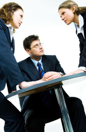 Ciri-ciri Pemimpin yang Buruk dan Tidak Disukai Bawahan 6