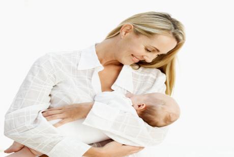Bisakah Memberi Obat Flu atau Batuk untuk Bayi Melalui ASI?