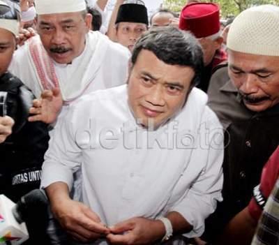 Kontrak Capres 'Raja Dangdut' Rhoma Irama, Asli atau Palsu?