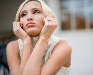 Ciri-ciri Wanita yang Masih Menyimpan Perasaan untuk Mantan Kekasihnya