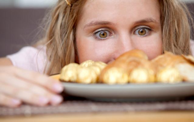 Kecanduan Makanan Sama Buruknya dengan Ketergantungan Narkoba