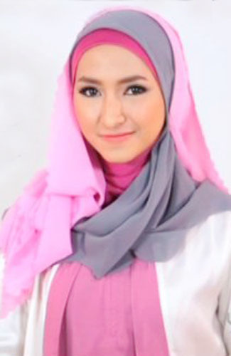 Tampil Chic dengan Tutorial Hijab Girly Style - 10